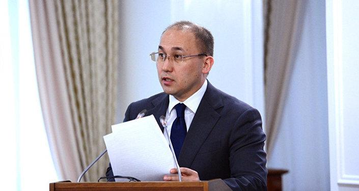 Даурен Абаев - министр информации и коммуникаций