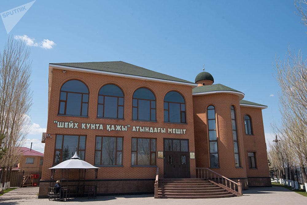 Мечеть имени Шейха Кунта кажы, виды Астаны