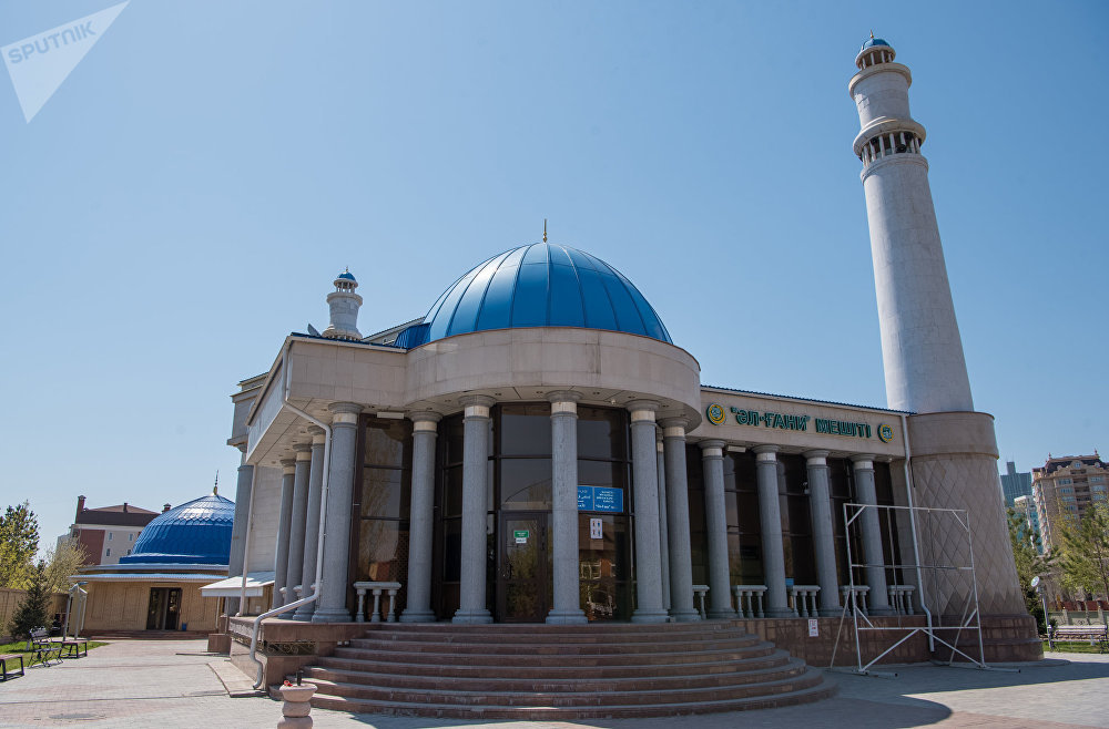 Мечеть Аль-Гани, виды Астаны
