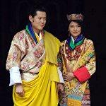 Король Бутана и недавно увенчанная королева Бутана Джетсун Пема