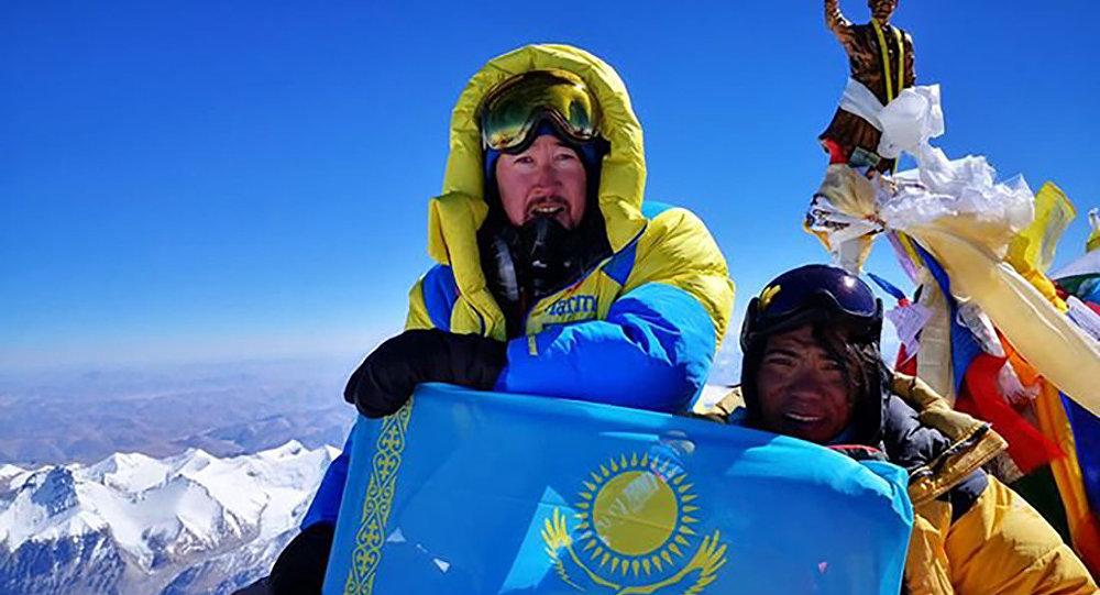 Максут Жумаев на Эвересте