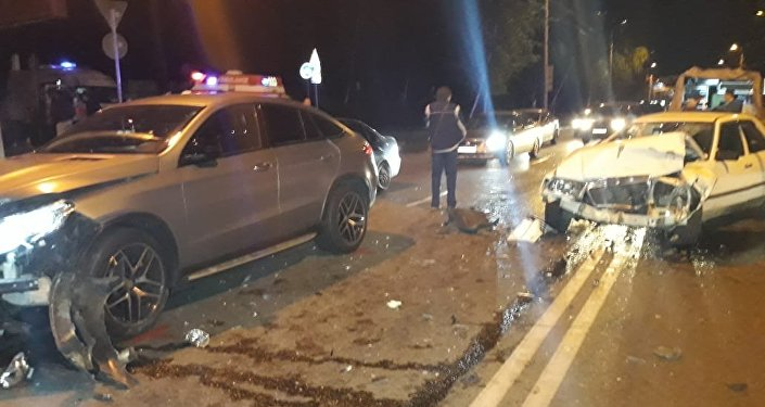 Крупное ДТП произошло по улице Тимирязева в Алматы, есть пострадавшие