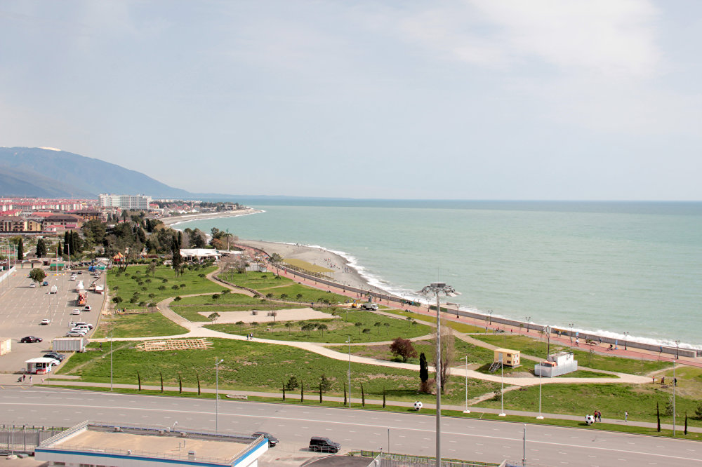 Вид на набережную с верхних трибун стадиона «Фишт»