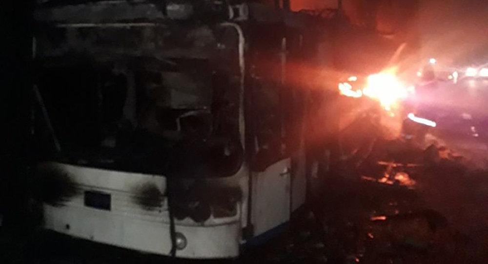 Пассажирский автобус сгорел в Алматинской области