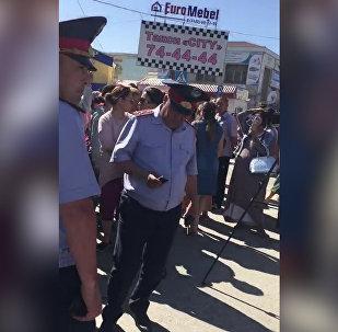 Торговцы рынка вышли на протест в Актобе