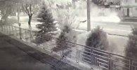 Машины всмятку: видео крупного ДТП в Алматы попали в Сеть