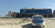 Столкновение тепловоза и грузовика в Мангистау