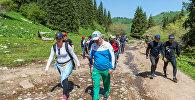Арыстанбек Мухамедиулы прогулялся по горам Алматы