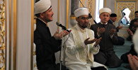 Верховный муфтий Казахстана выступил перед двадцатью тысячами российских мусульман