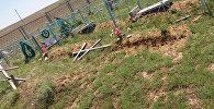 Вандалы разгромили кладбище в Костанайской области