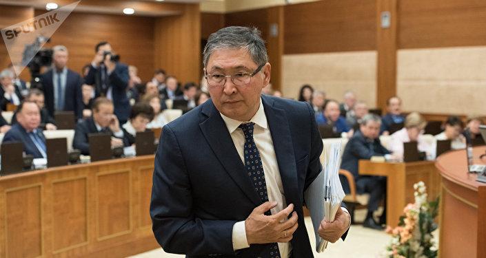 Ерлан Сагадиев - министр образования и науки