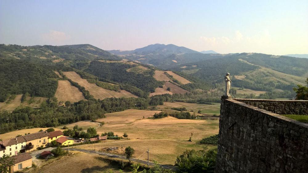 Эмилия-Романья өңіріндегі Кастелло-ди-Серравале, Италия.