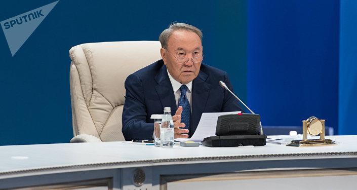 Қазақстан президенті Нұрсұлтан Назарбаев, архивтегі фото