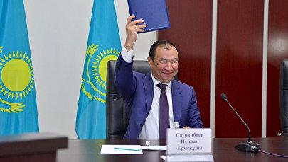 Градоначальник подчеркнул: на сессии подписан  исторический документ, который является началом большой работы по  приданию Шымкенту статуса города республиканского значения