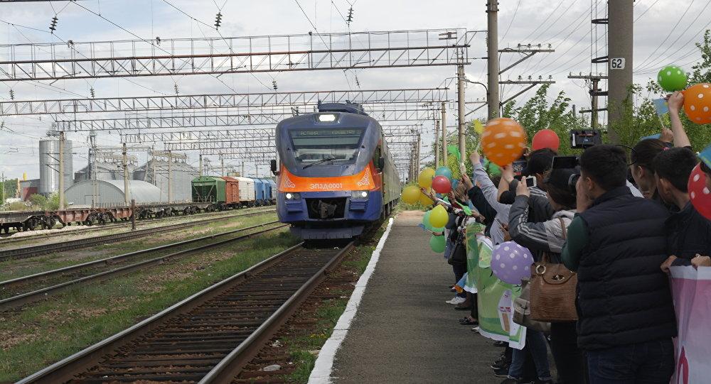 Новый электропоезд Астана – Володарское запущен в Казахстане