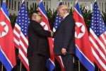 Встреча главы КНДР Ким Чен Ына и президента США Дональда Трампа