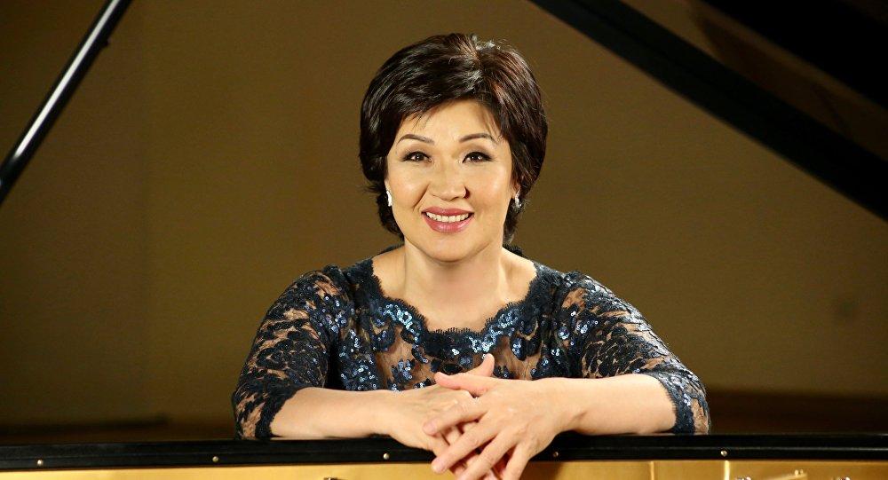 Пианистка Жания Аубакирова, архивное фото