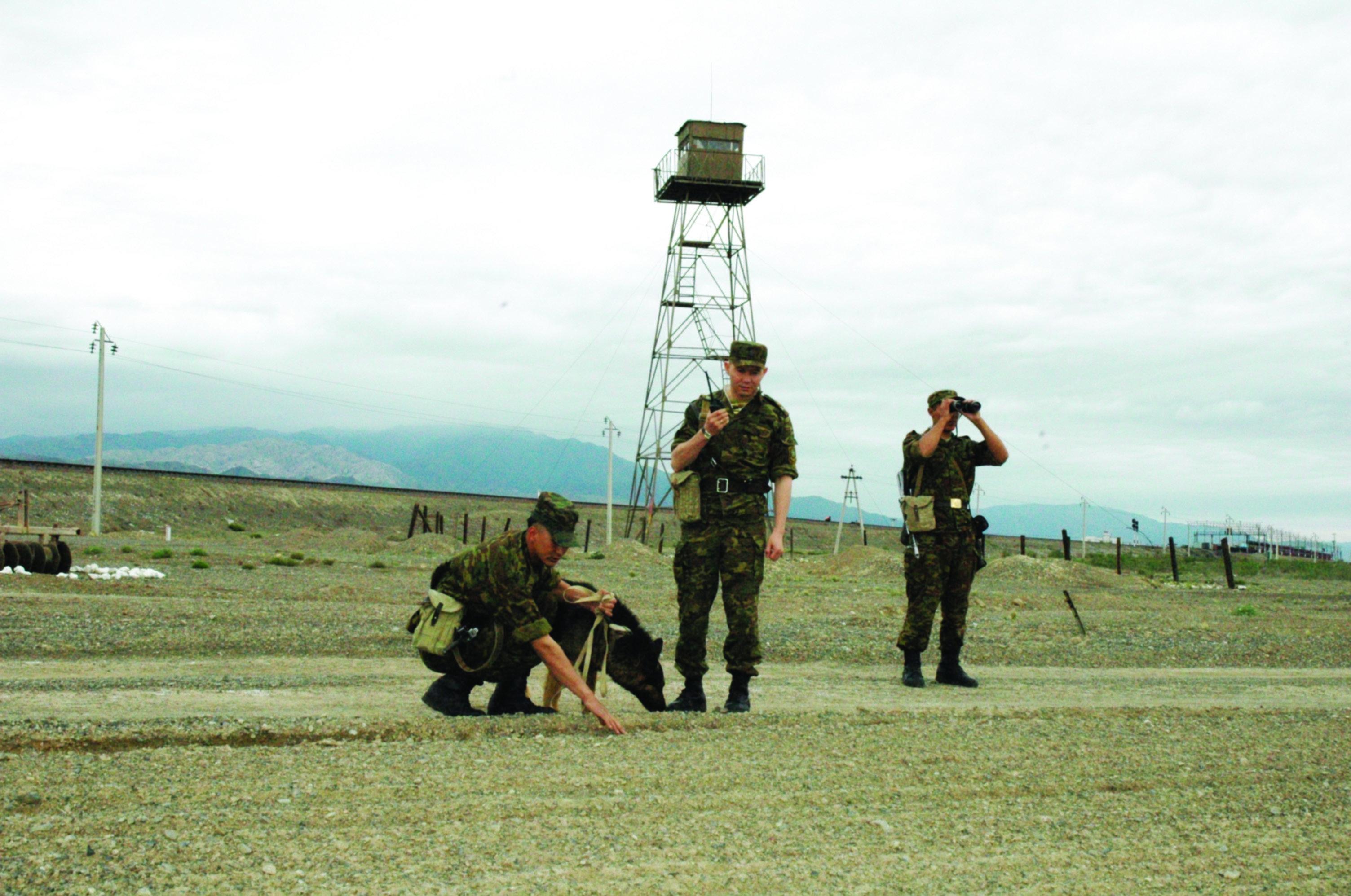 Архивное фото казахстанских пограничников