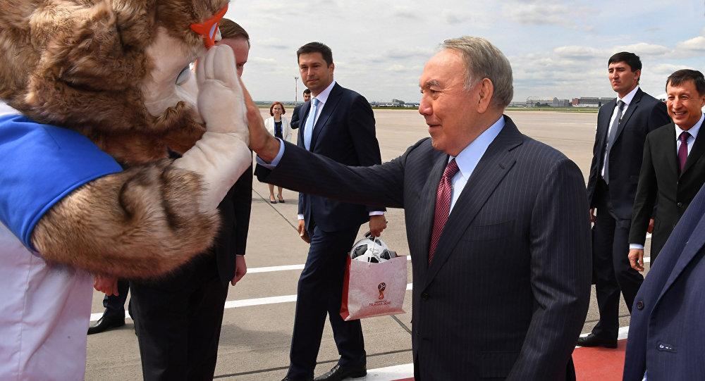 ӘЧ-2018: Назарбаев матч көру үшін Мәскеуге барды