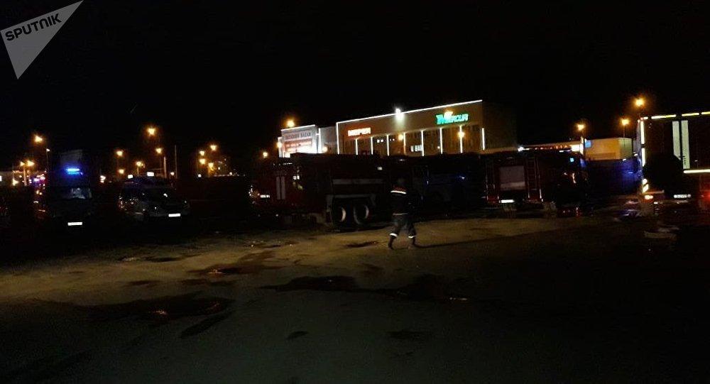 Бутики загорелись на автовокзале Саяхат