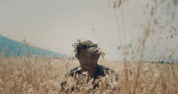 Кадр из фильма Адильхана Ержанова