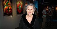 Мать казахстанской художницы Марины Шариповой  Людмила Семеновна