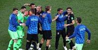 Игроки сборной Хорватии радуются победе в матче группового этапа чемпионата мира по футболу между сборными Аргентины и Хорватии