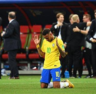 Неймар после поражения в 1/4 финала чемпионата мира по футболу между сборными Бразилии и Бельгии