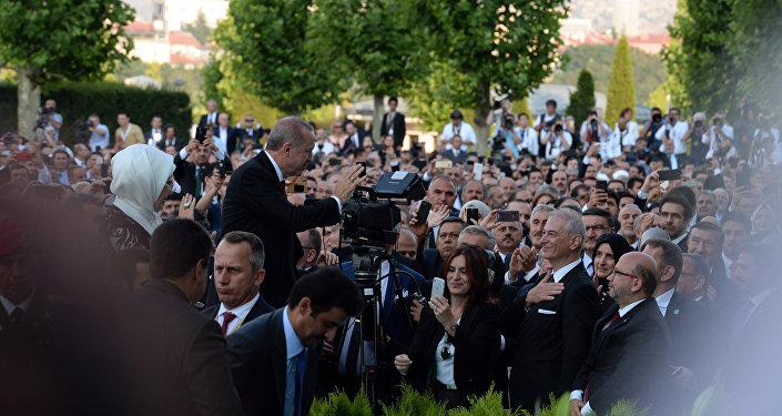 Эрдоган принес присягу 9 июля, он официально вступил в должность президента после переизбрания