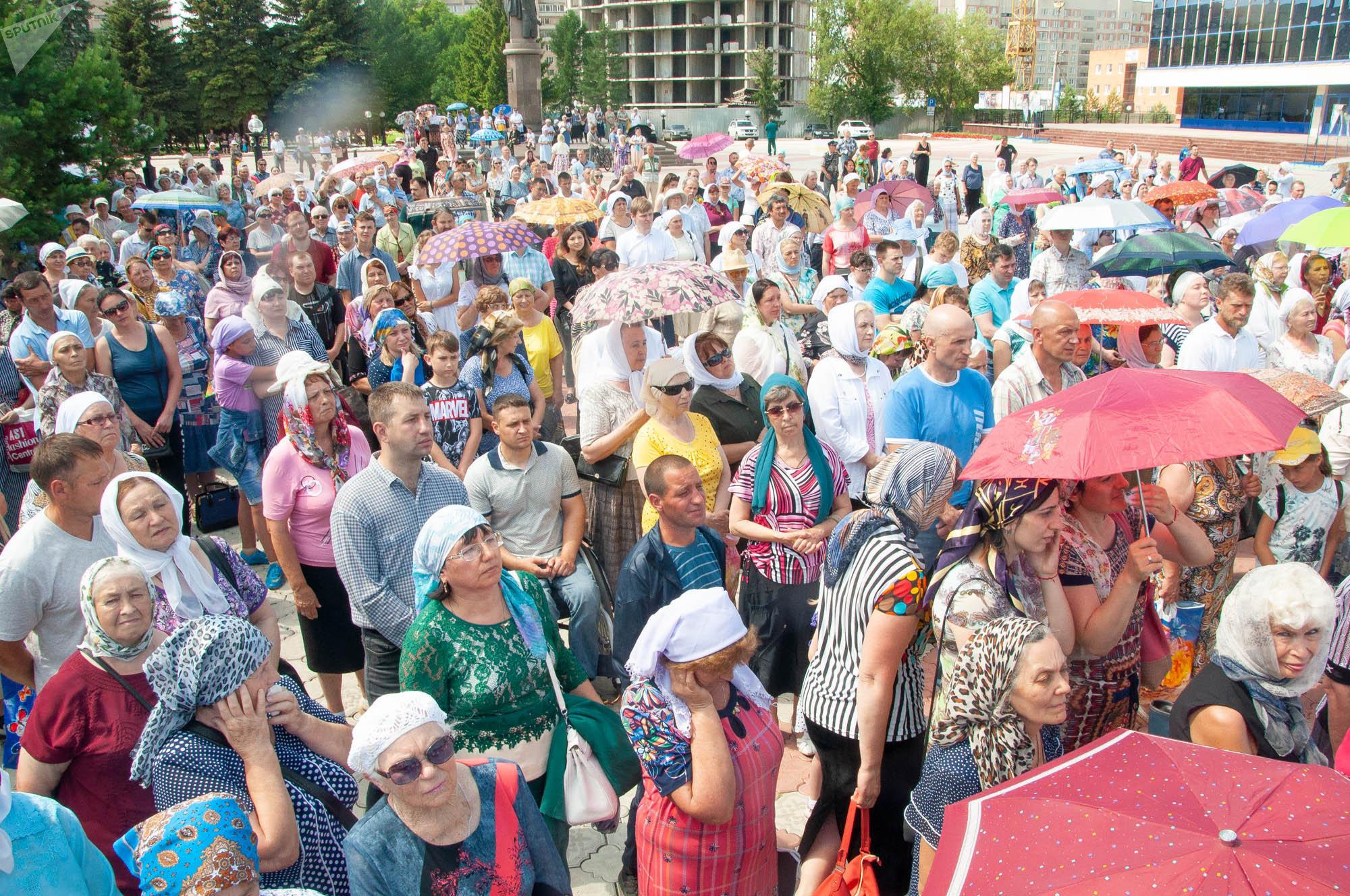Крестный ход в день Святых апостолов Петра и Павла