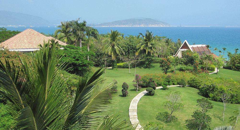 Курортные места в районе города Санья на острове Хайнань в Китае