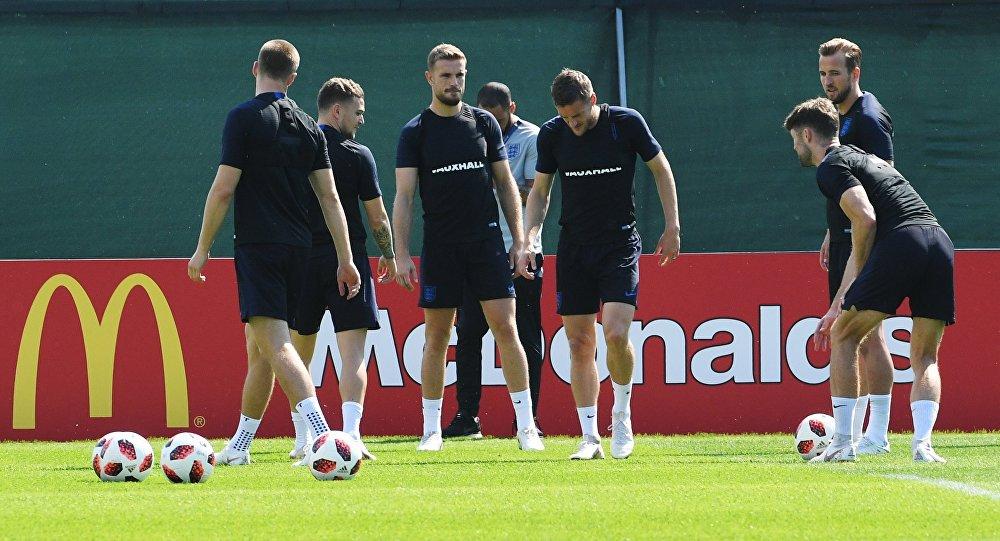 Игроки сборной Англии на тренировке перед матчем за третье место чемпионата мира по футболу против сборной Бельгии