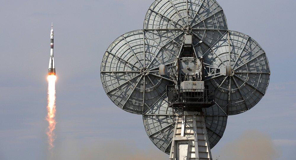 Пуск ракеты-носителя Союз-ФГ с пилотируемым кораблем Союз МС-09 со стартового стола первой Гагаринской стартовой площадки космодрома Байконур , архивное фото