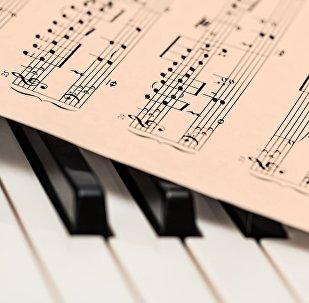 Фортепиано, архивтегі фото