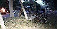 БМВ врезался дерево на Тимирязева - Маркова