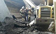 СҚО-да трактор жүргізушісі бетонның астында қысылып қалды
