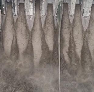 Мощные ливни вызвали в Китае наводнения