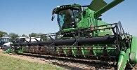 Сельхозтехника, архивное фото