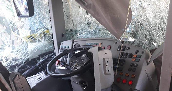 Алматыда екі жолаушы автобусы соқтығысты