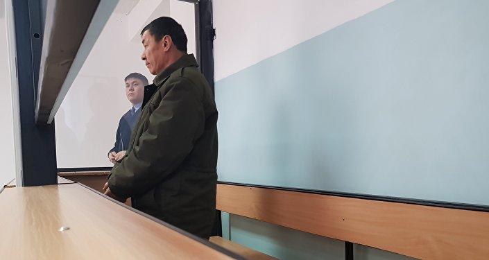 Автобус жүргізушілерінің бірі  Нұржан Қырғызбаев, архивтегі сурет