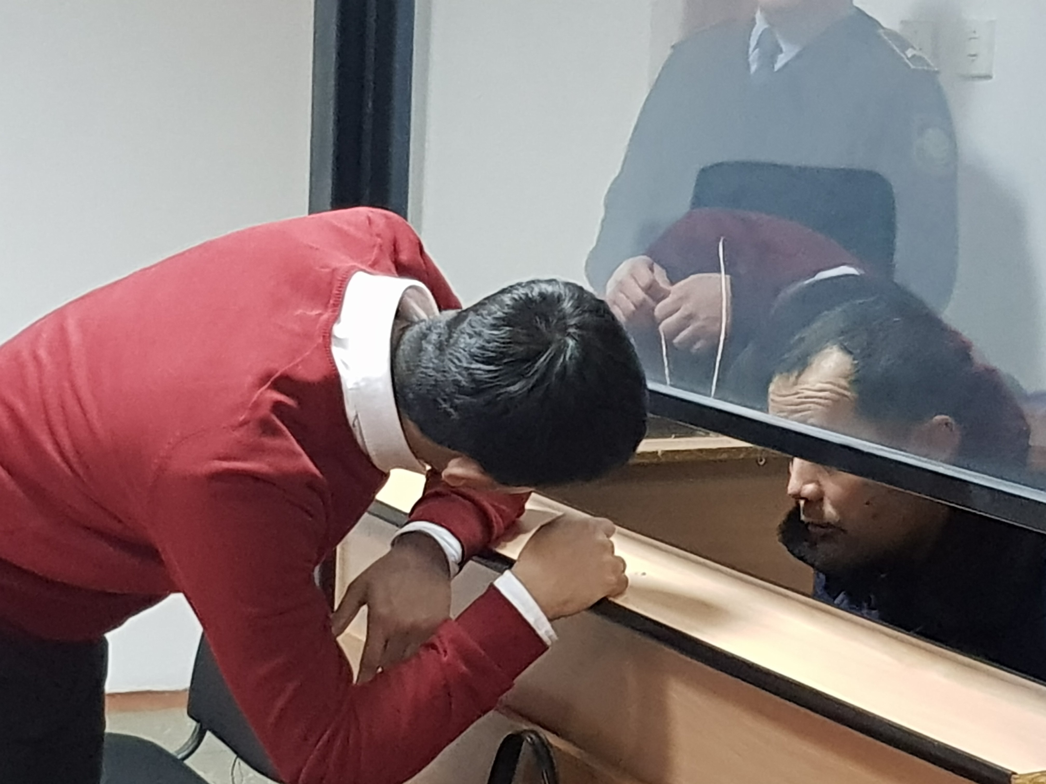 Максат Пернебеков и его адвокат