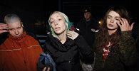Участница FEMEN  Оксана Шачко (справа)
