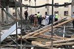 Обрушение в строящемся коттедже в Астане - из-под завалов извлекают пострадавших