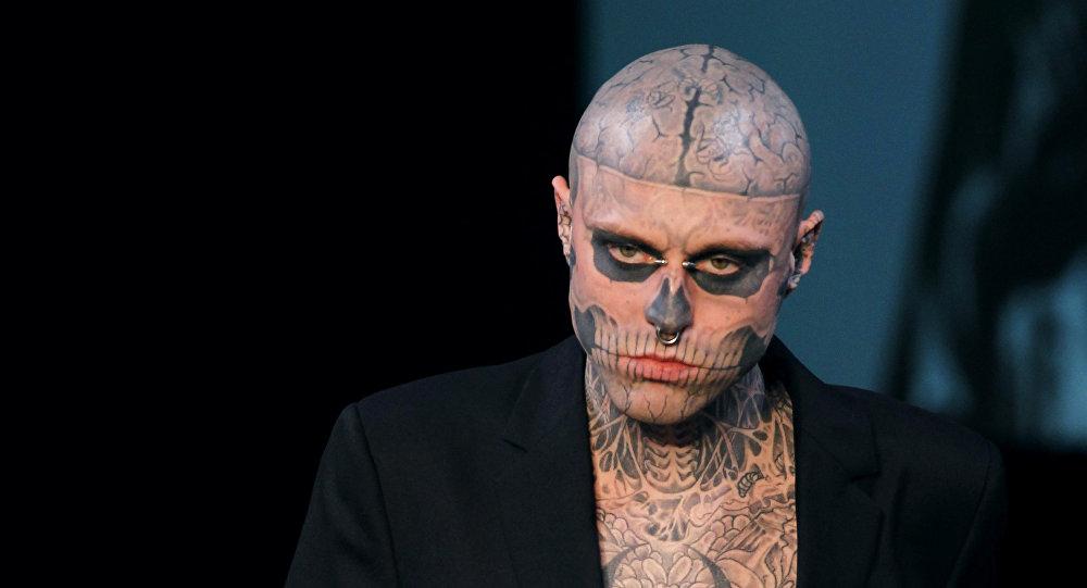 Модель из Канады Рик Дженест, известный под псевдонимом Zombie Boy