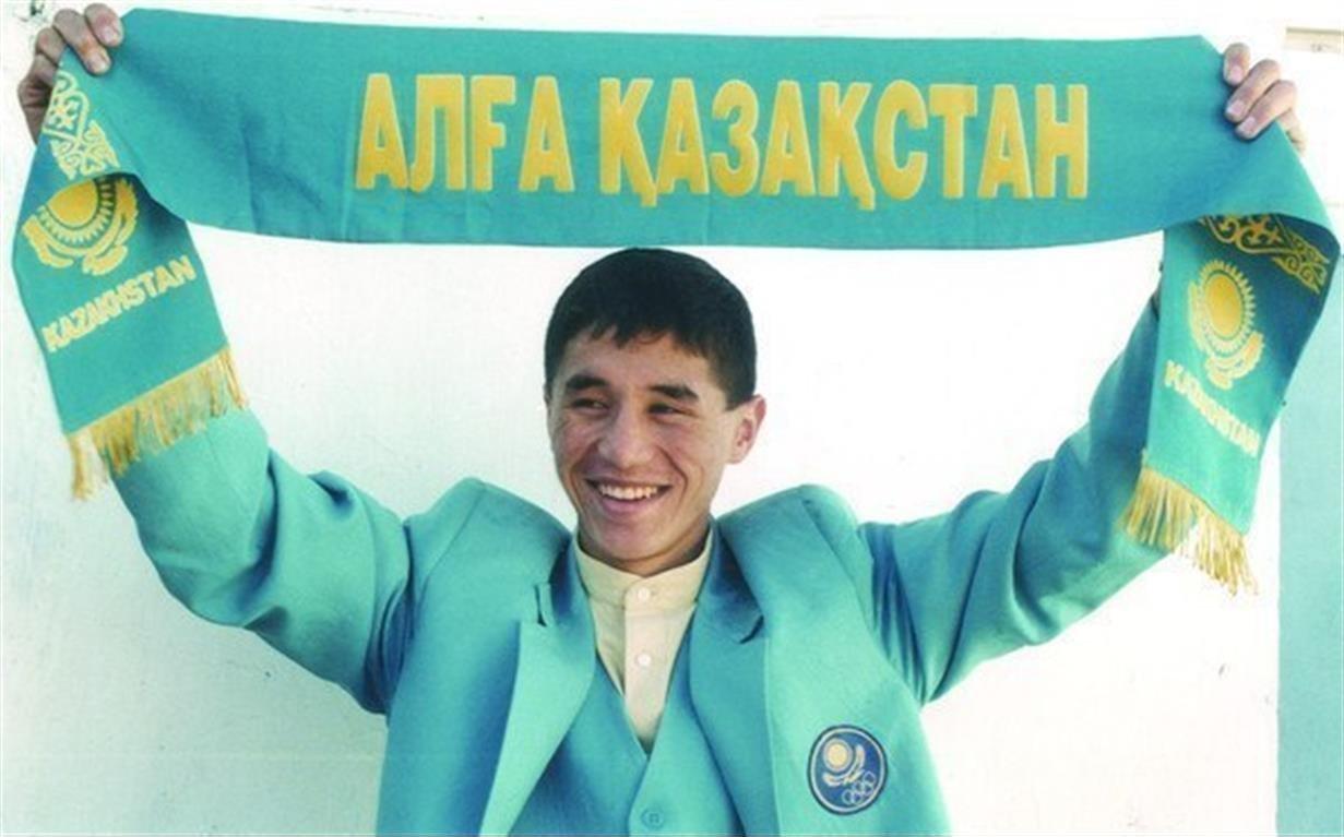 Олимпийский чемпион по боксу Бекзат Саттарханов