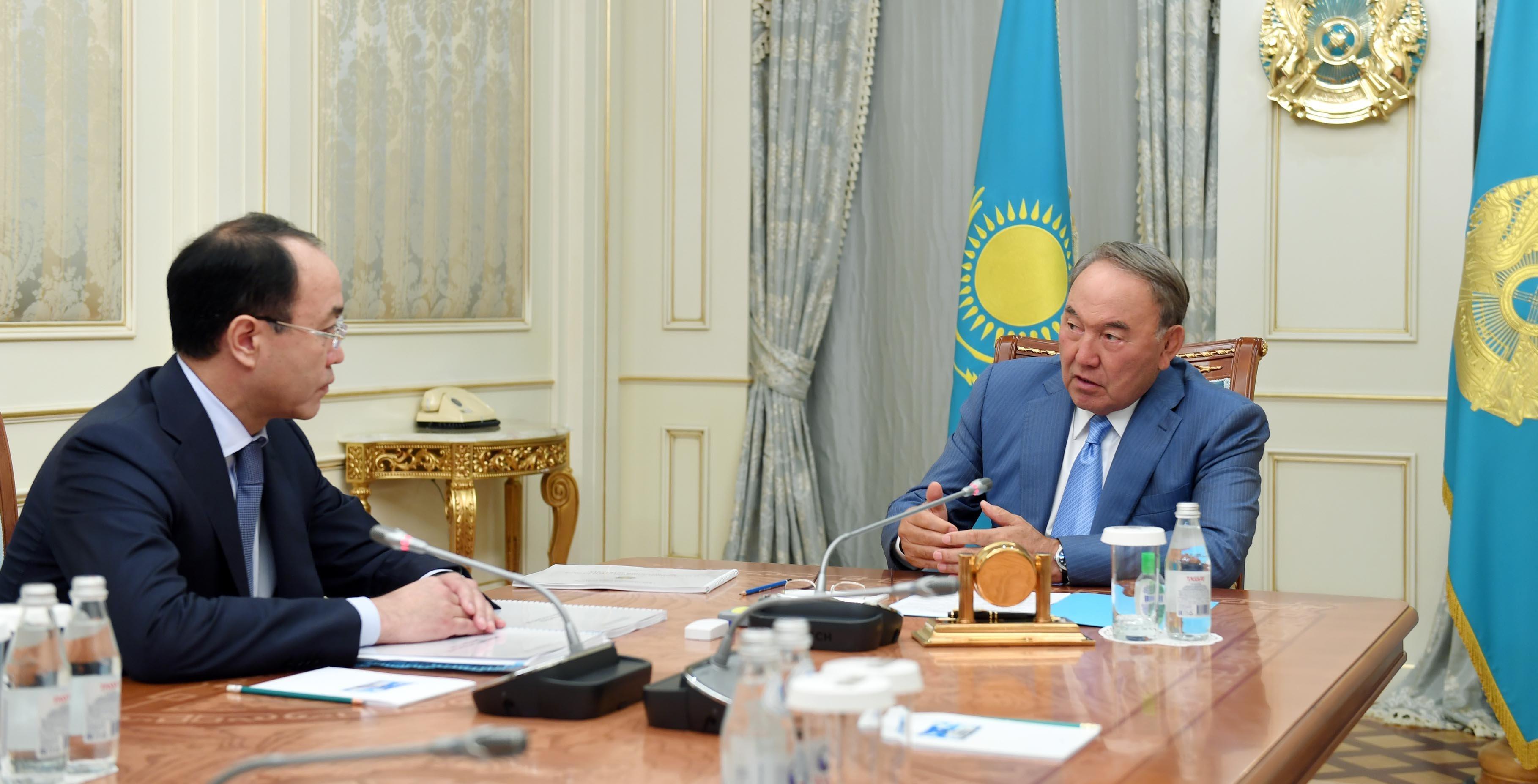 Президент Казахстана Нурсултан Назарбаев встретился с генеральным прокурором Кайратом Кожамжаровым