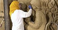 Бывший тоннель террористов в Сирии украсили барельефом со скульптурами