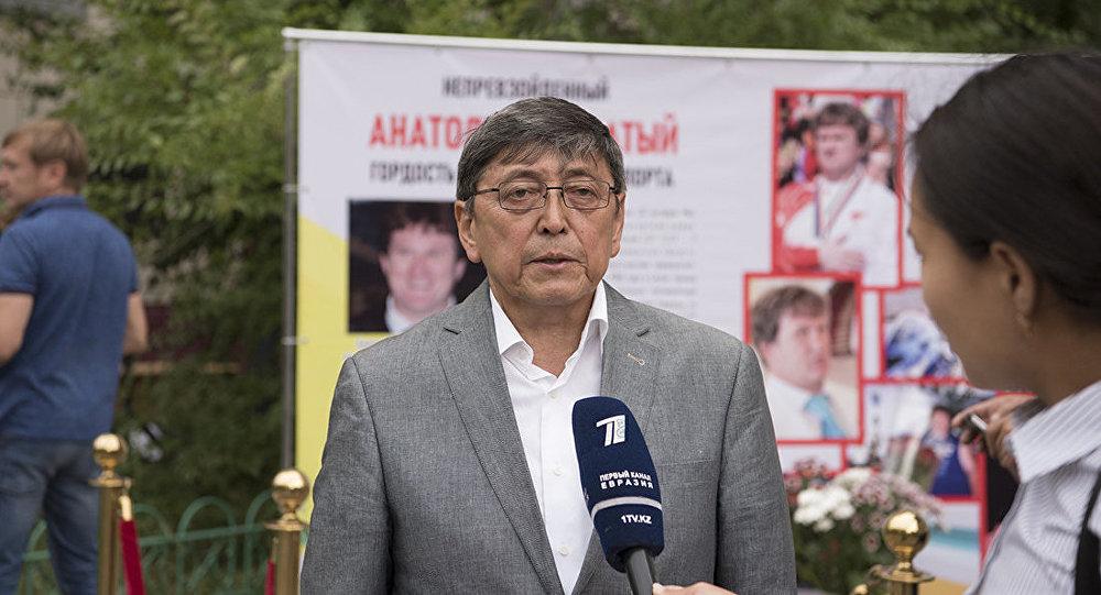 Марат Аубакиров, вице-президент федерации тяжелой атлетики Казахстана