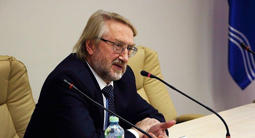 Эксперт, заместитель директора Центрального института эпидемиологии Вадим Покровский