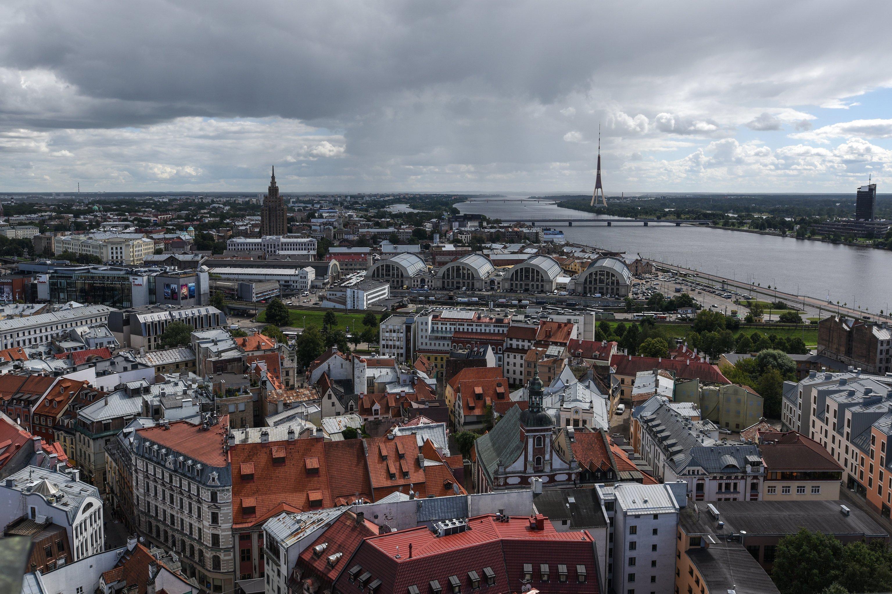 Панорама центральной части города Риги в Латвии